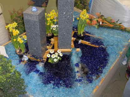 schwimmteich feng shui schwimmteich dekoration. Black Bedroom Furniture Sets. Home Design Ideas